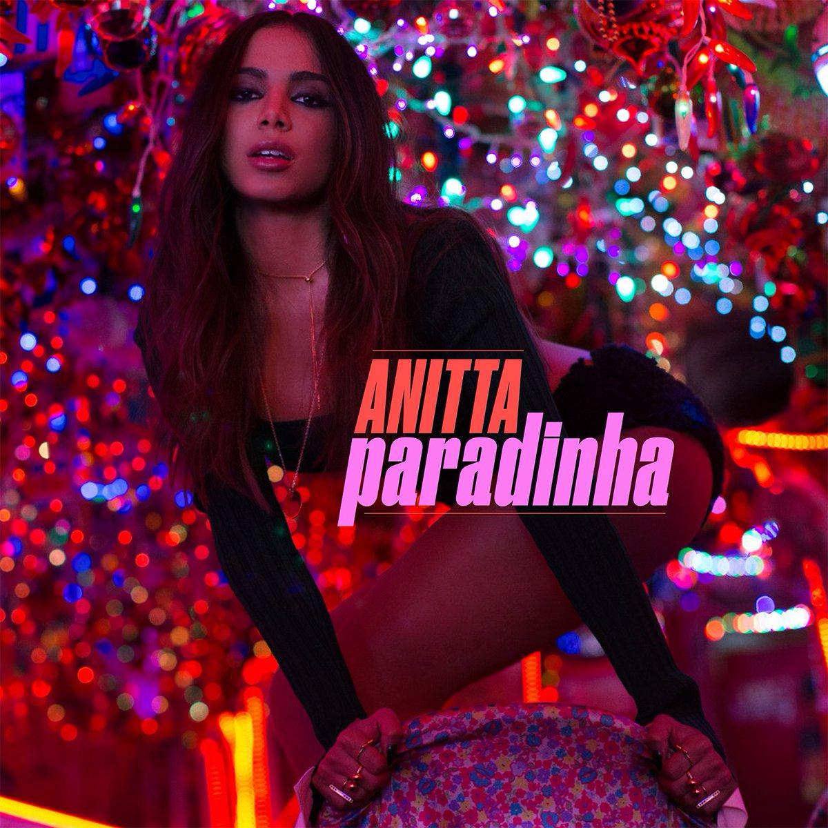"""Capa do single """"Paradinha"""", o primeiro da carreira solo internacional da cantora"""