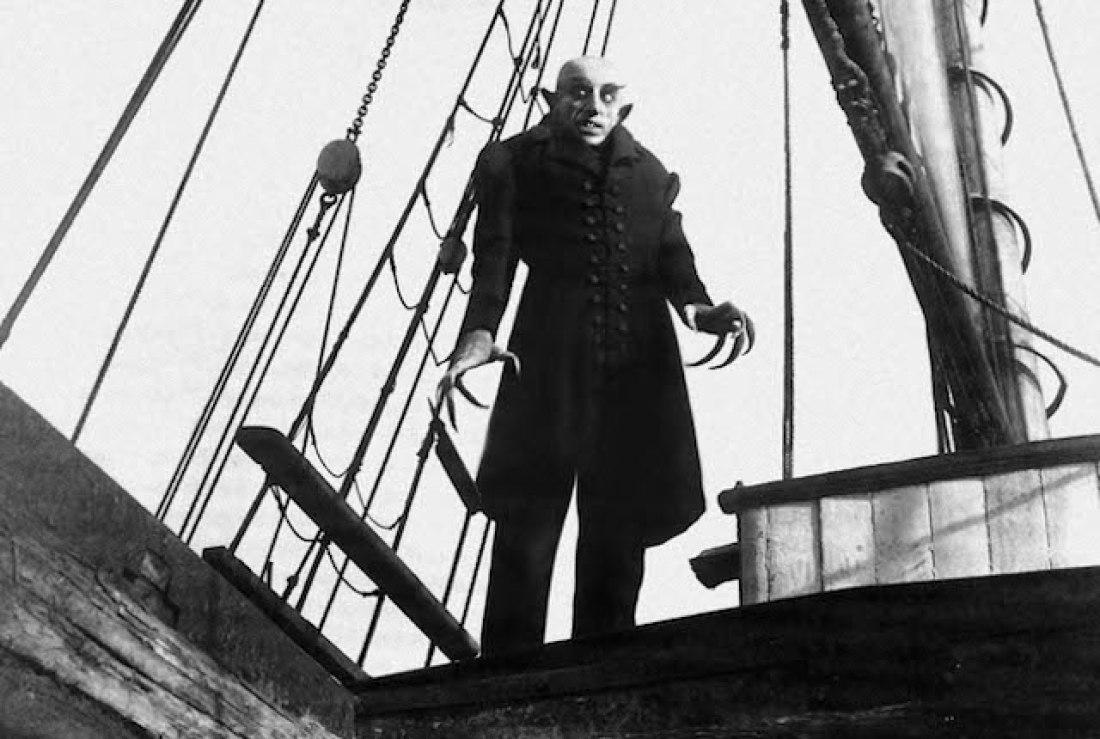 O vampiro do filme Nosferatu (1922) tornou-se um ícone da história do cinema, sendo uma das aparições mais memoráveis do Conde Drácula