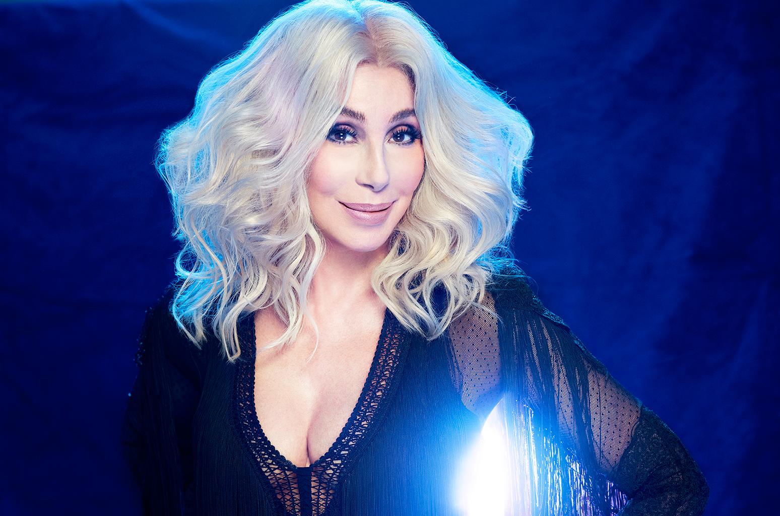 O Mundo é De Cher – E Nós Apenas Vivemos Nele