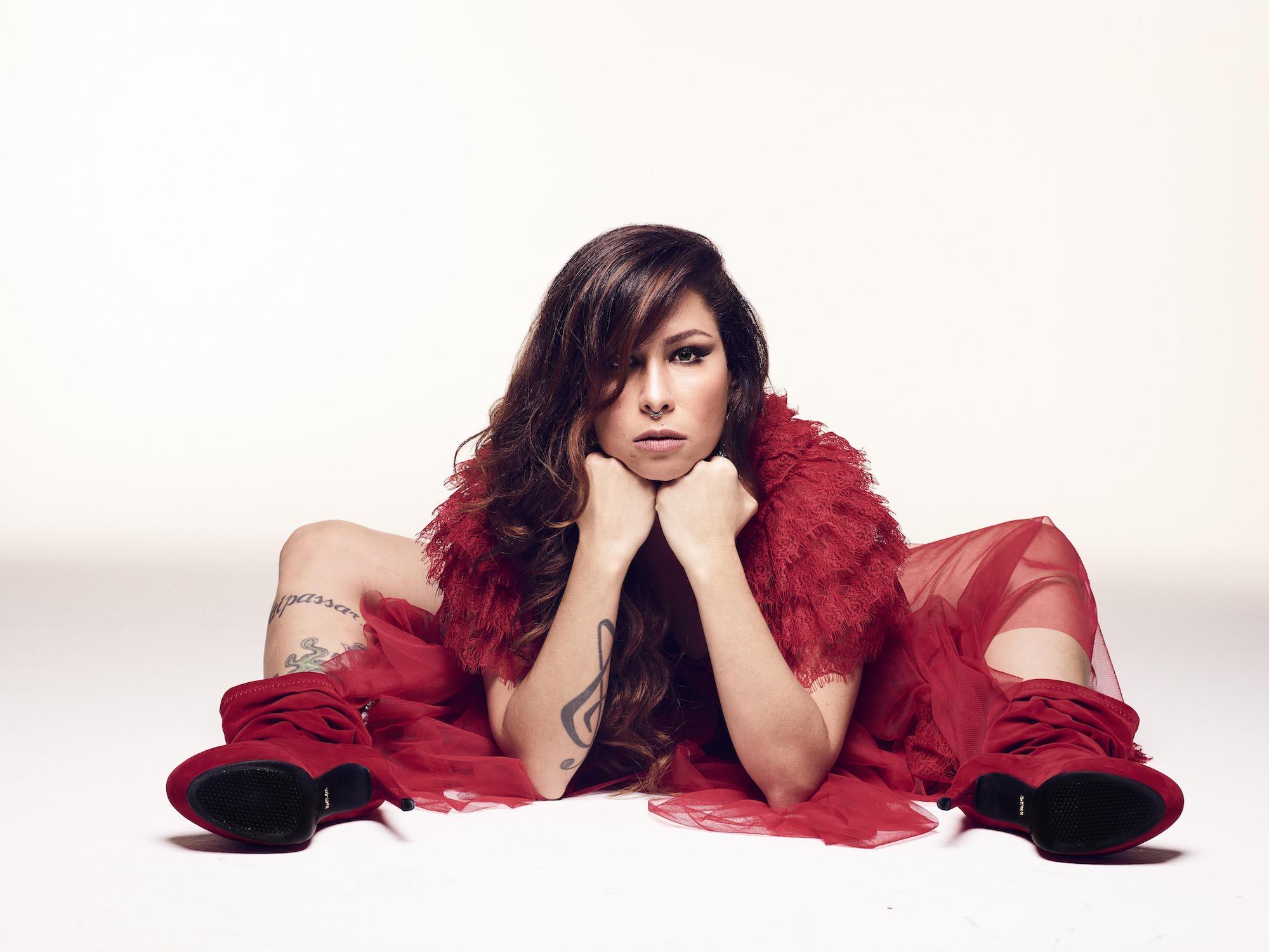 Divagando | Pitty: Admirável Álbum Atual